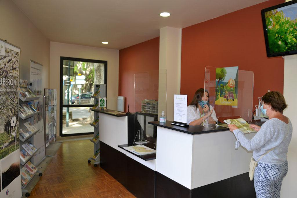 Accueil Office du Tourisme de Cucuron